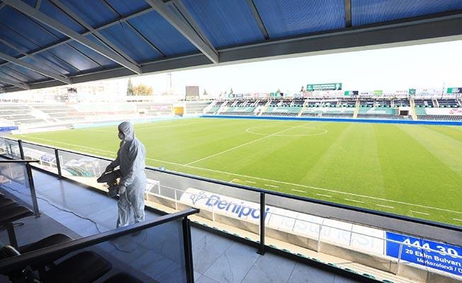 Atatürk Stadyumu Büyükşehir ekiplerince dezenfekte edildi