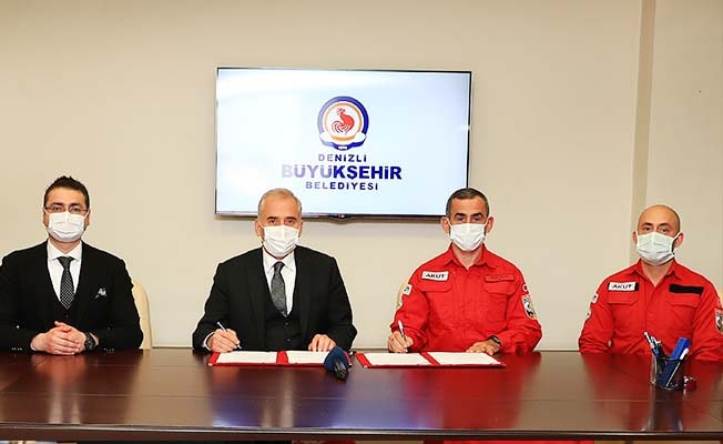 Büyükşehir, AKUT'la iş birliği protokolü imzaladı
