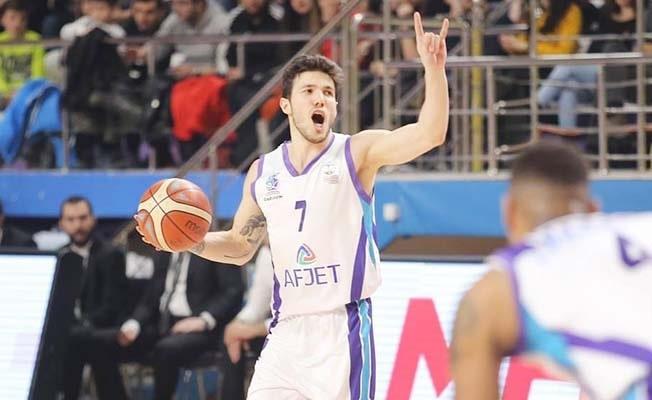 Merkezefendi Basket Serkan Menteşe ile anlaştı