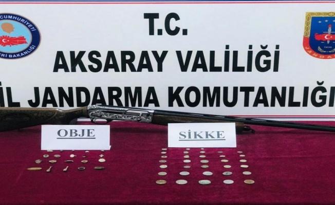 Aksaray Jandarma'dan tarihi eser kaçakçısına baskın