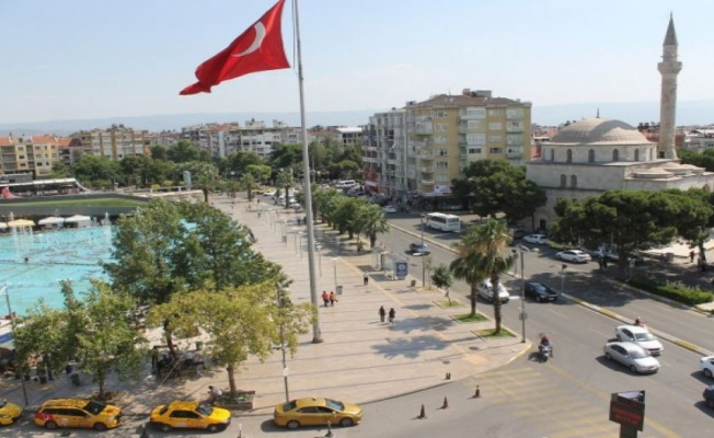 Aydın'da konut satışları yarı yarıya azaldı