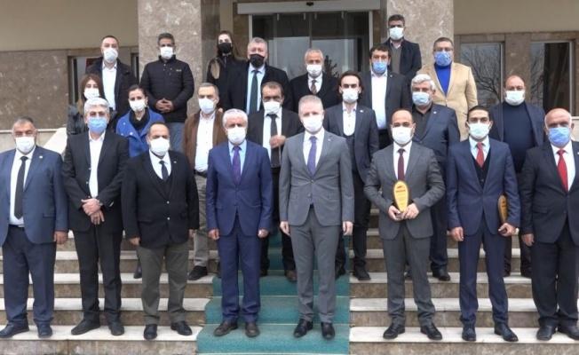 Gazetecileri Gaziantep'te ödüllerine kavuştu
