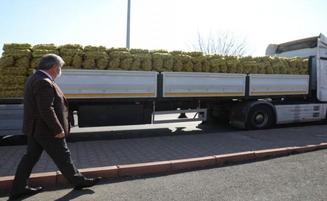 Kayseri Melikgazi'de ailelere patates dağıtılacak
