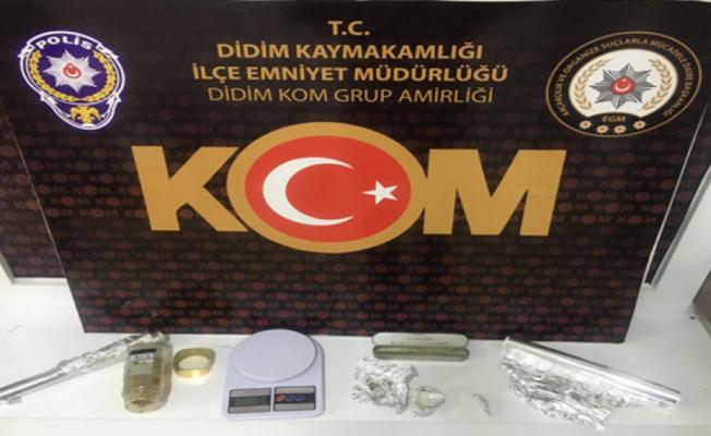 Kominist Başkan'ın kardeşi uyuşturucudan tutuklandı