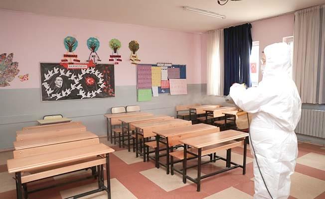 Pamukkale'de yüz yüze eğitim için okullar dezenfekte edildi