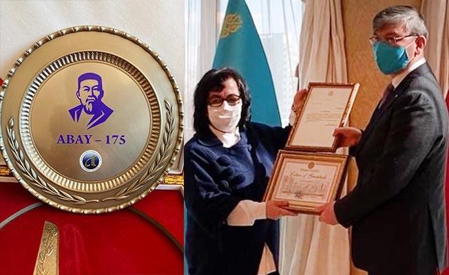 PAÜ'lü Akademisyen Kazakistan Devlet Ödülüne layık görüldü