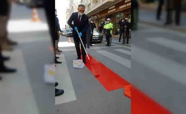 Kilis Valisi Soytürk, yaya geçidine kırmızı çizgi çekti