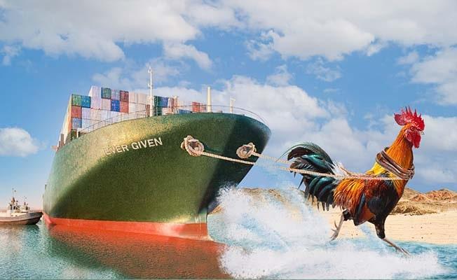 Süveyş Kanalı'nda karaya oturan gemiye esprili paylaşım