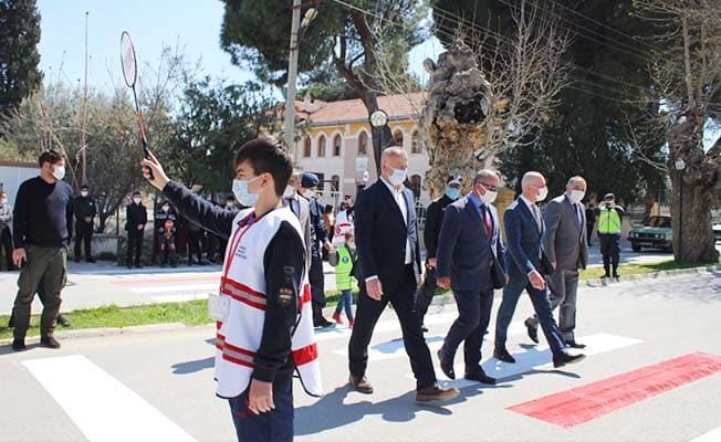 Yaya güvenliği için Sarayköy'de kırmızı çizgi çekildi