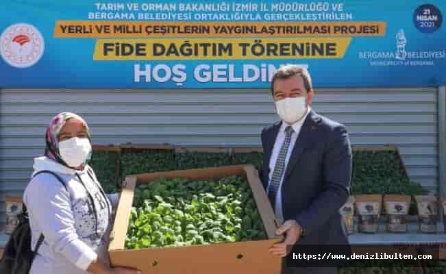 Ata tohumları İzmir Bergama'da toprakla buluşuyor