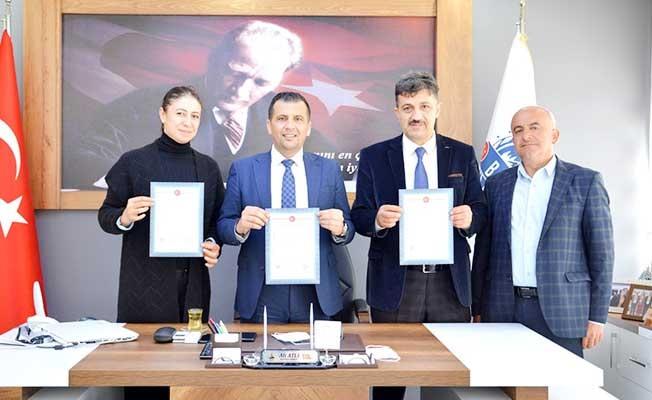 Babadağ'da Küçük Sanayi Sitesi için imzalar atıldı