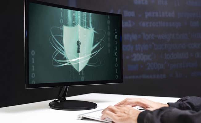 Beyaz şapkalı hackerlardan siber güvenlik dersi