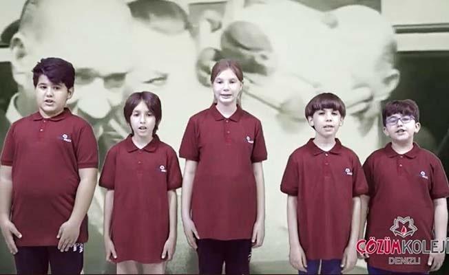 Denizli Çözüm Koleji 23 Nisanı çocukları online platformda buluşturarak kutladı
