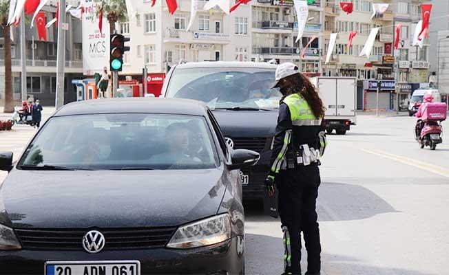 Denizli'de sokağa çıkma kısıtlamasında denetimler sıkılaştırıldı