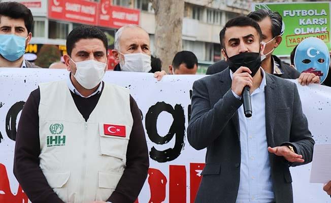 Denizli'de STK'lar Doğu Türkistan'daki yaşananları protesto etti