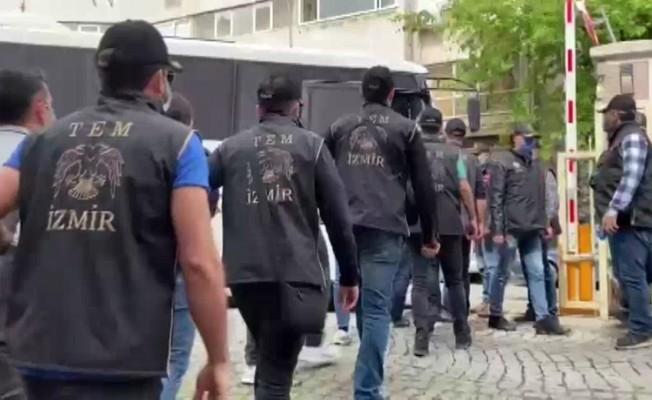 İzmir ve İstanbul merkezli FETÖ operasyonunda 96 tutuklama