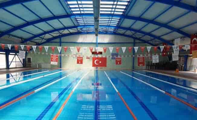 Kocaeli'de Gölcük Yüzme Havuzu aylar sonra açıldı