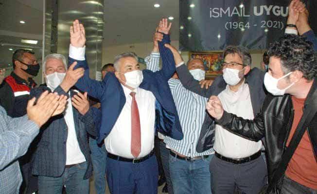 Torbalı'nın yeni başkanı Mithat Tekin oldu