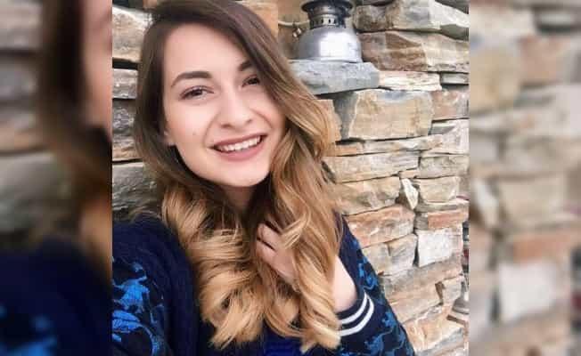Online ders sırasında beyin kanaması geçiren genç Öğretmen hayatını kaybetti