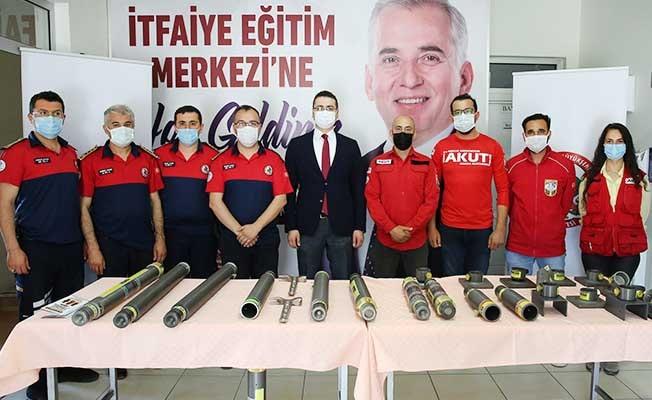 Büyükşehir'den AKUT'a malzeme desteği