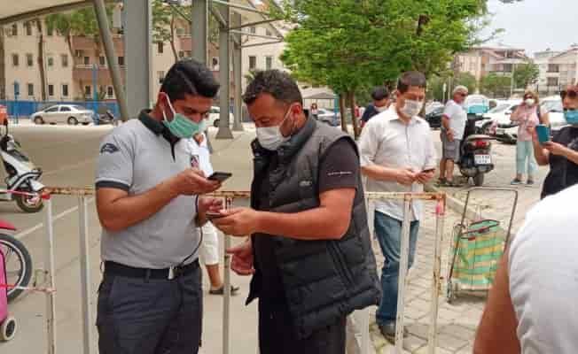 Didim'de kurulan semt pazarlarına HES kodsuz giriş yaptırılmadı