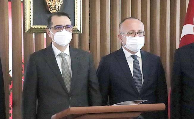 Enerji ve Tabii Kaynaklar Bakanı Dönmez'den Vali Atik'e ziyaret