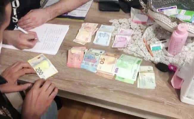 FETÖ'nün gaybubet evlerinde yakalanan 35 zanlı yurt dışına kaçma hazırlığı yapıyormuş