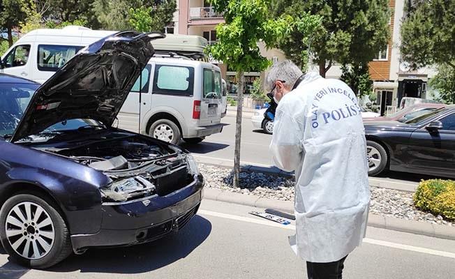 Otomobilin çaptığı genç kız kurtarılamadı