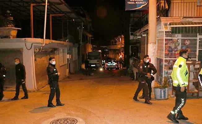 İzmir'de kız kaçırma kavgası: 1 ölü, 1 yaralı