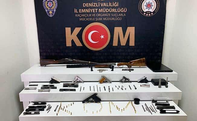Kurusıkı tabancaları dönüştüren 2 kişi gözaltına alındı