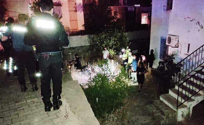 Polisten kaçarken duvardan uçtu