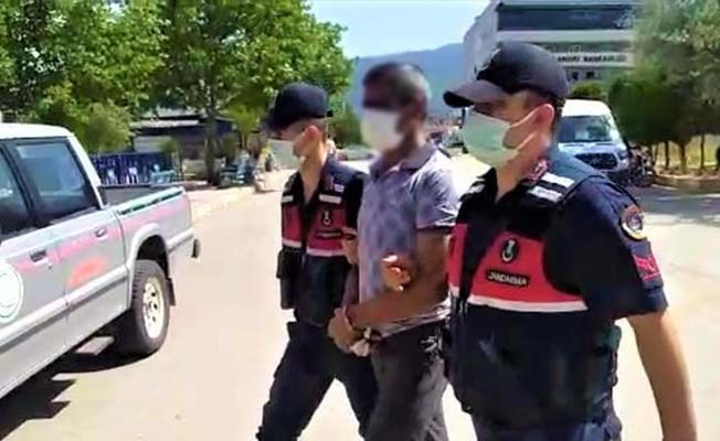 Uyuşturucuyu imha etmek üzereyken yakalanan şüpheli tutuklandı