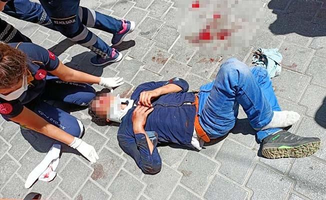 Arkadaşını bıçakladı, kaçmak isterken çatıdan düşüp ağır yaralandı