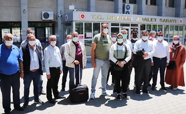 Dolandırıcılık şebekesi mağdurları haklarını aramak için Denizli'de toplandılar