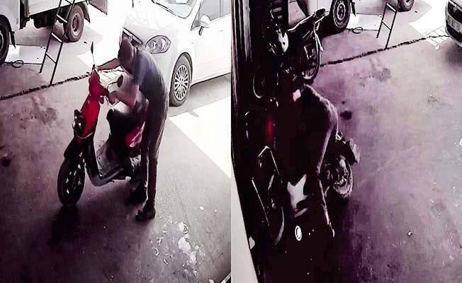Gaz teli takılı kalan motosiklet sürücüsünü sürükledi