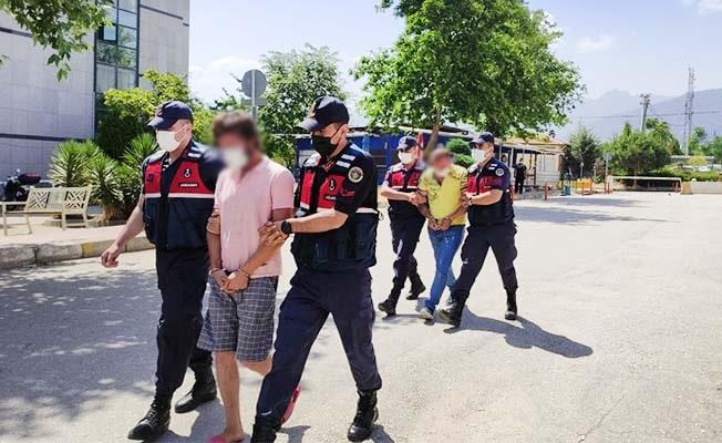 İş adamlarına şantaj iddiasıyla gözaltına alınan şüpheliler serbest kaldı