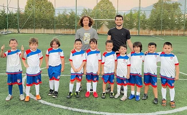 Fenerbahçeli Muhammet Onur yetiştiği kulübü unutmadı