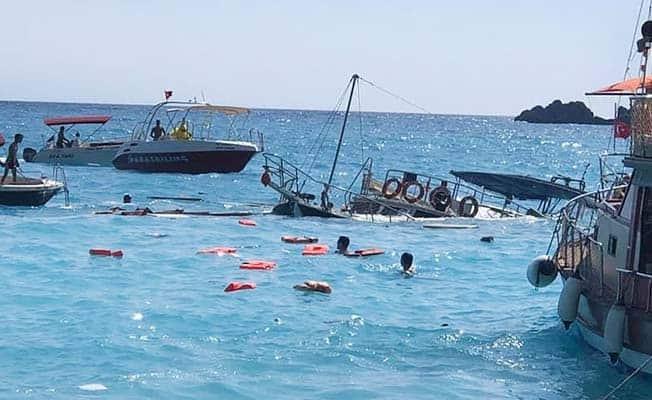 Fethiye'de tur teknesi battı, 1'i çocuk 3 yaralı