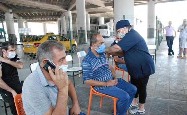 Otogarda seyahat ve aşı hareketliliği