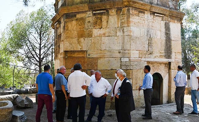 Buldan'da Emir Sultan Türbesi turizme kazandırılacak