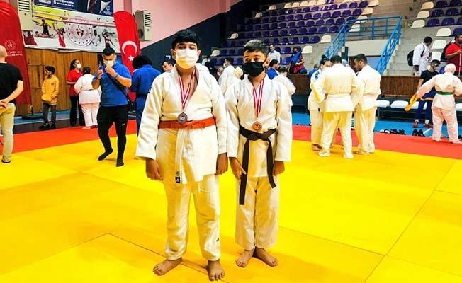 Denizlili minik judoculardan iki madalya