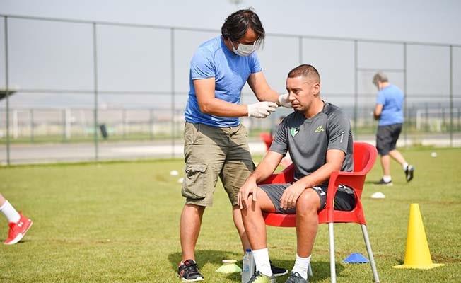 Denizlispor'da futbolculara laktat testi uygulandı