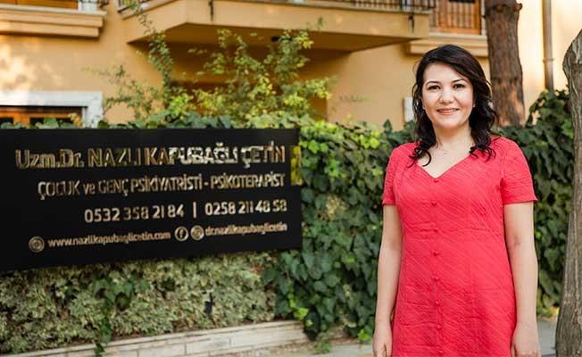 Dr.  Çetin, meslek hayatına Çamlık Caddesi'ndeki yeni kliniğinde devam ediyor