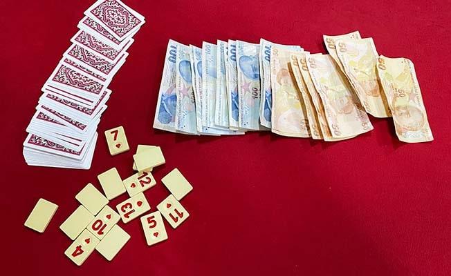 Emniyet'ten fuhuş ve kumar operasyonu