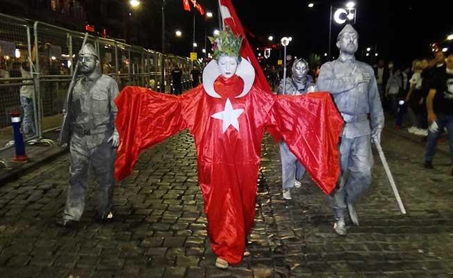 İzmir'de 9 Eylül coşkusu zirve yaptı