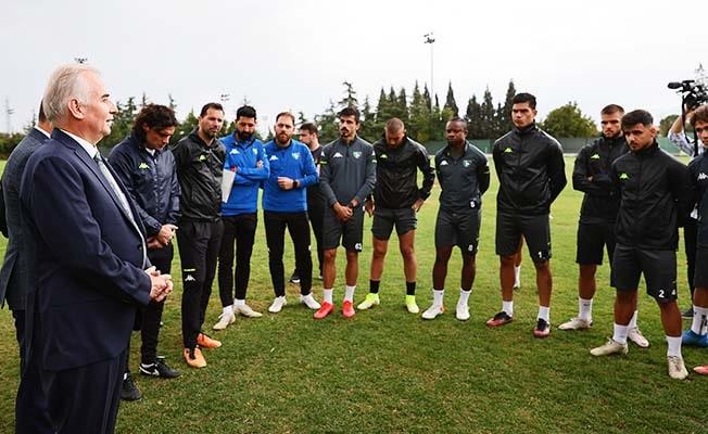 Başkan Zolan, Balıkesir maçı öncesi Altaş Denizlispor'u ziyaret etti