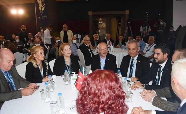 Kılıçdaroğlu Marmaris'te gazetecilerle buluştu
