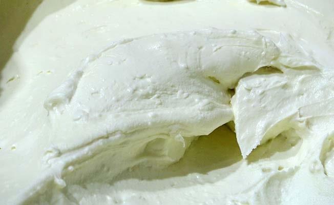 Sağlıklı ürünlere olan talep Denizli'nin yanık yoğurduna ilgiyi artırdı