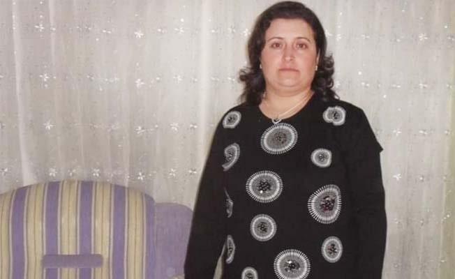 Yolun karşısına geçmeye çalışırken otomobilin çarptığı kadın hayatını kaybetti