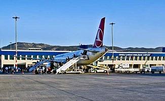 Çardak Havalimanı eylül'de 61.312 yolcuya hizmet verdi